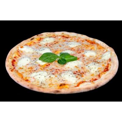 Пицца Маргарита с молодым сыром на томатной или сливочной основе
